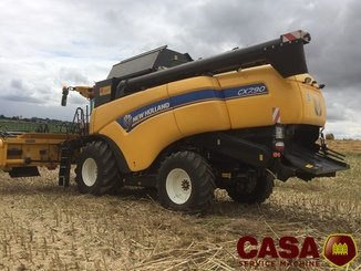 Moissonneuse batteuse New Holland CX 7.90 HD  - 1