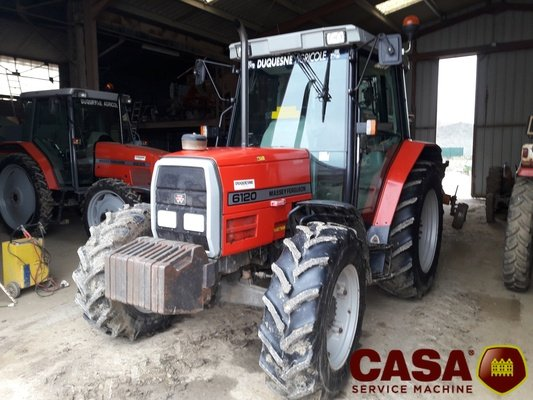 Tracteur agricole MF 6120