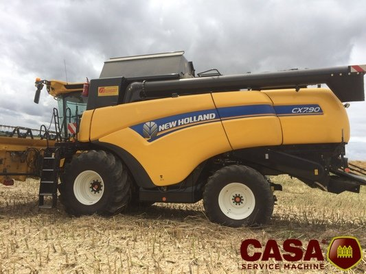 Moissonneuse batteuse New Holland CX 7.90 HD