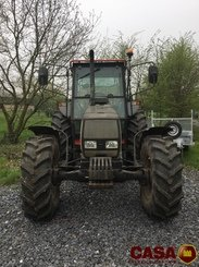 Tracteur agricole Valtra 900 - 2