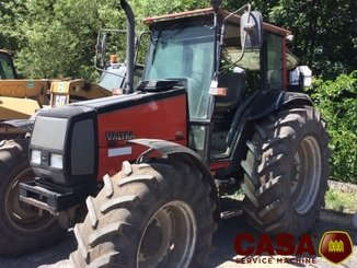 Tracteur agricole Valtra 900 - 7