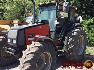 Tracteur agricole Valtra 900 - 8